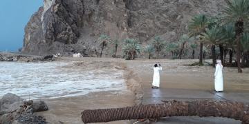 Water gushing from Wadi Tayyib al Ism via Google Maps.